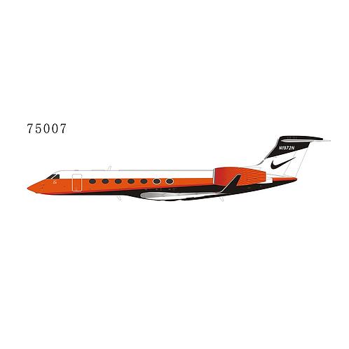 Private Gulfstream G550 N1972N 75007 / 1:200