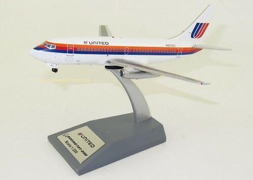 United Airlines B737-200 /  N9030U  / IF732UA0620 / 1:200