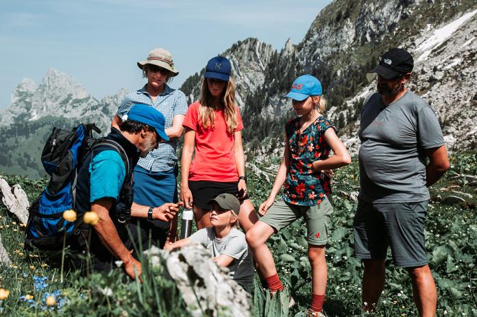 17 Hike to Cabane des Marindes.jpg