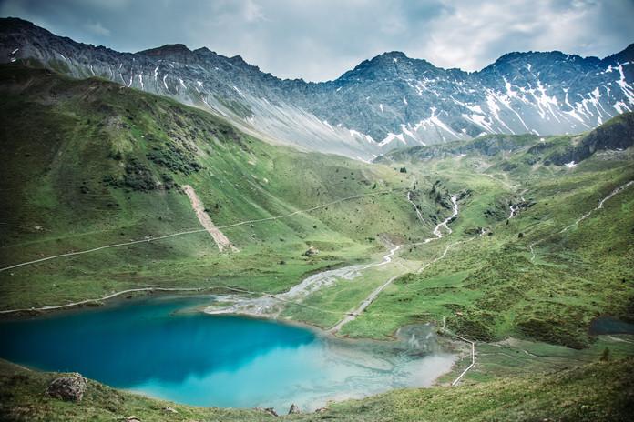 10 Hike to Alplisee.jpg