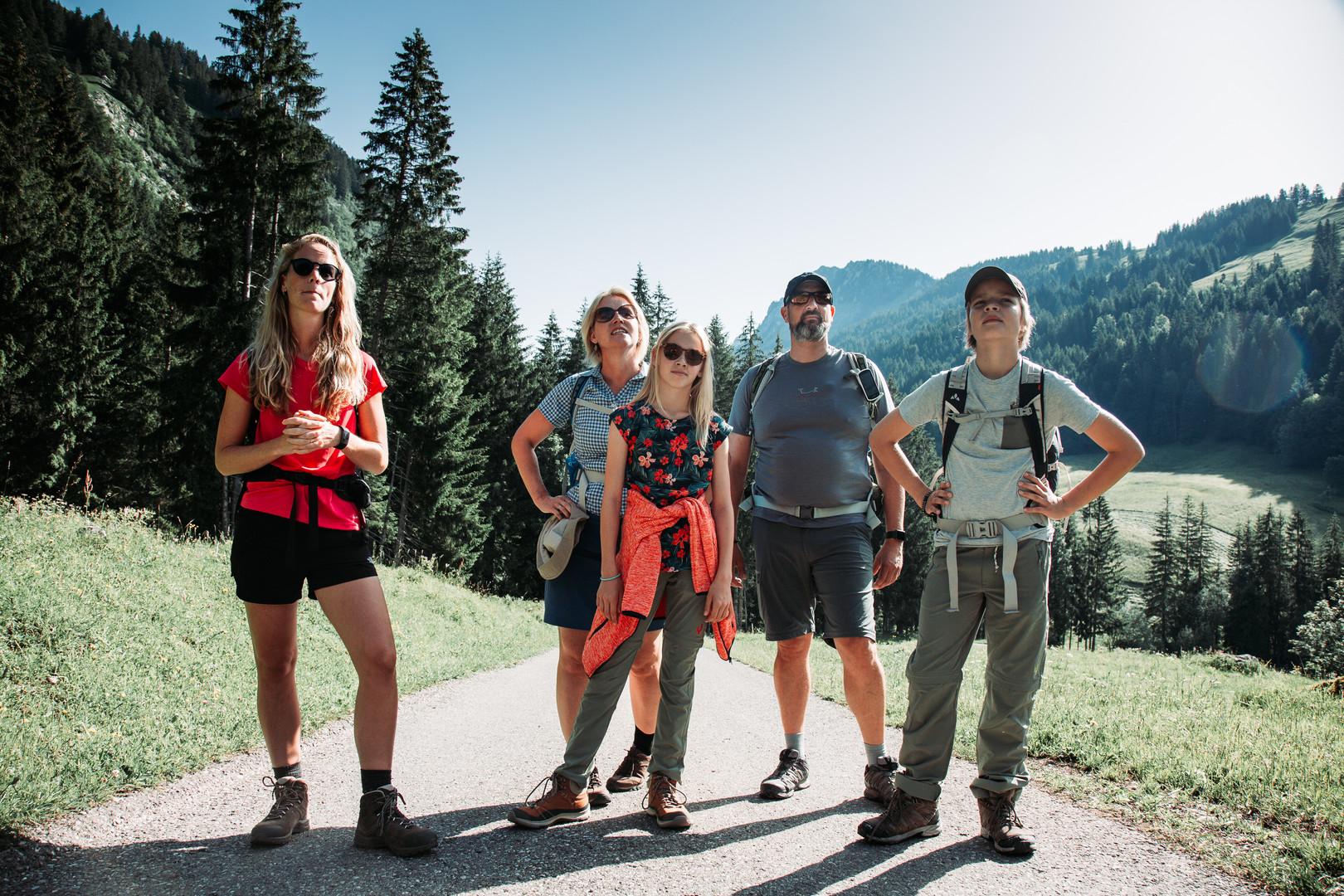2 Hike to Cabane des Marindes.jpg