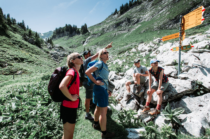 15 Hike to Cabane des Marindes.jpg