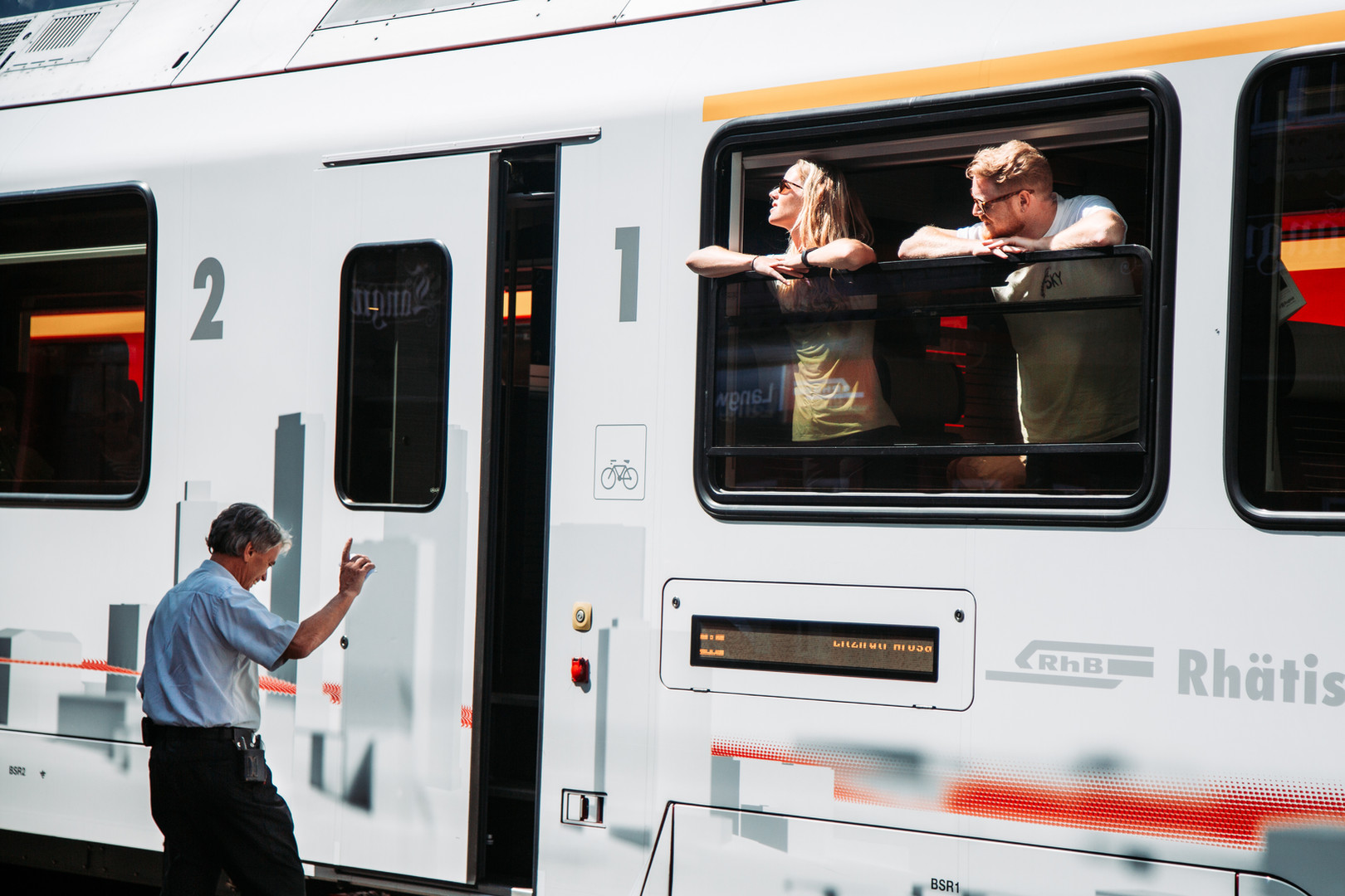 5 Train to Arosa.jpg