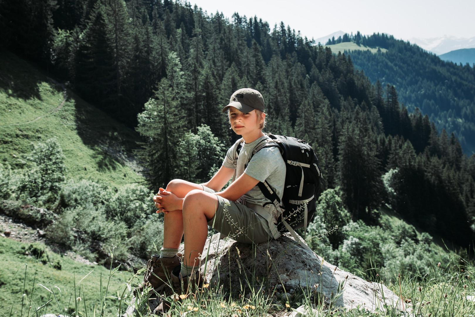 6 Hike to Cabane des Marindes.jpg