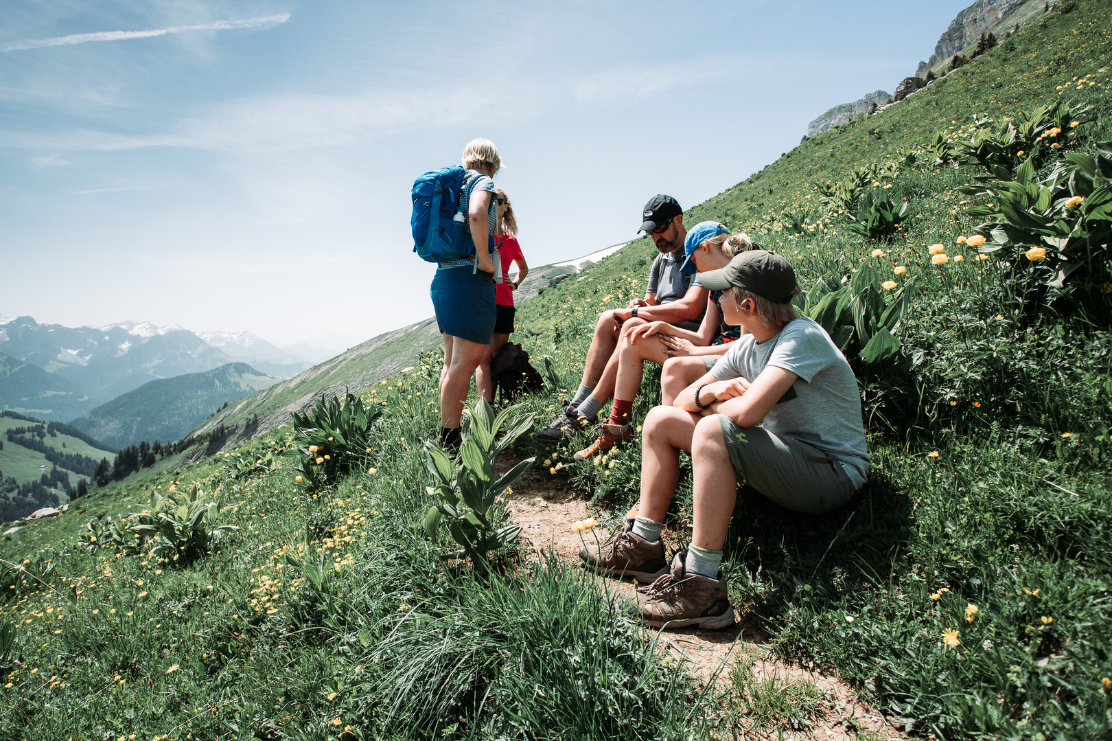 13 Hike to Cabane des Marindes.jpg