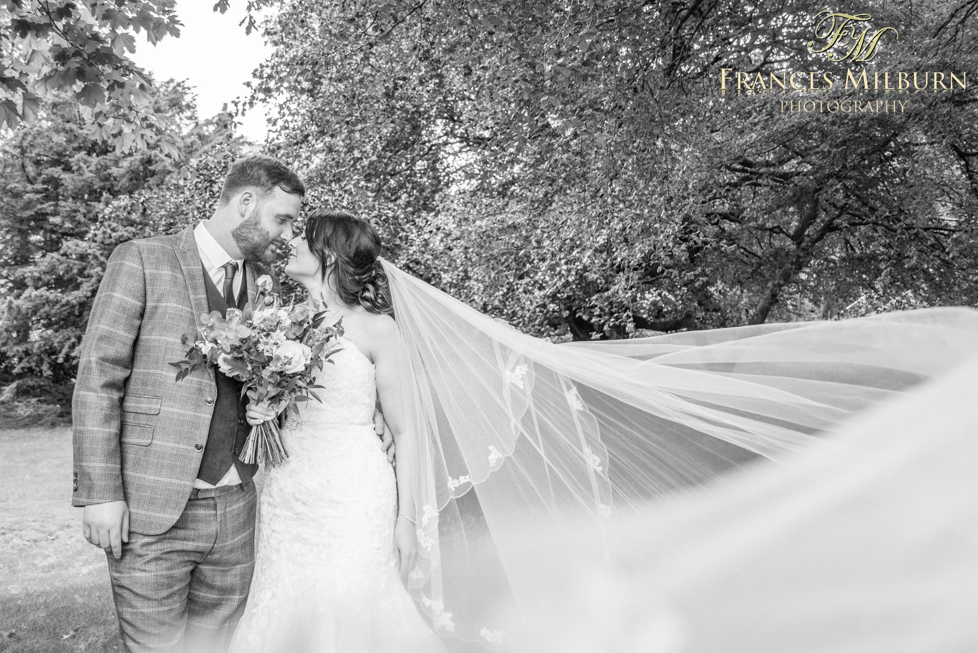 Bakewell Wedding PhotographerMilburn Photography-750
