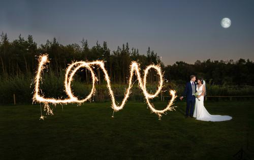 Darwin Lake Wedding Photographer