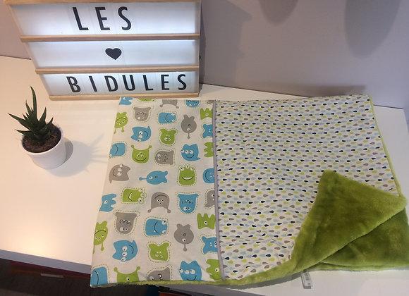 Couverture bébé,monstre et goutte bleu et vert, doudou au dos vert