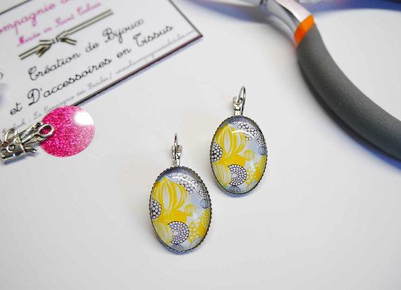 Boucle d'oreille, cabochon, bijoux tendance, la compagnie des bidules, st calais, mode ete, jaune et gris