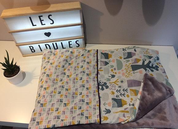 Couverture bébé,maison et formes géométriques prune et moutarde, doudou prune