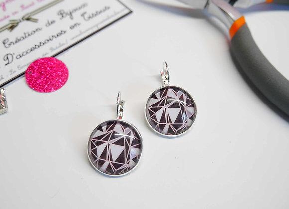 bijoux cabochon, boucle d'oreille, la compagnie des bidules, st calais, bijoux tendance, mode theme geometrique noir gris et