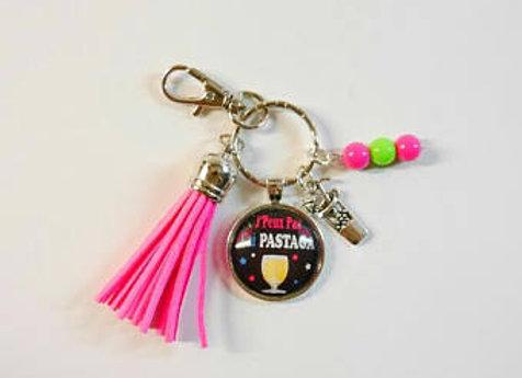 Porte clé rose j'peux pas j'ai pastaga