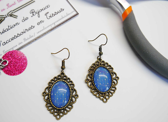 """Copie de Boucle d'oreille dentelle """"bleues"""""""