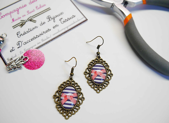 Boucle d'oreille, cabochon, bijoux tendance, la compagnie des bidules, st calais, mode ete, style marin, petit  noeud