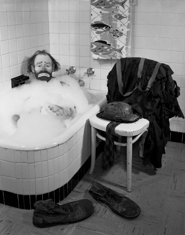 Rub-A-Dub Willie Takes a Bath 1955