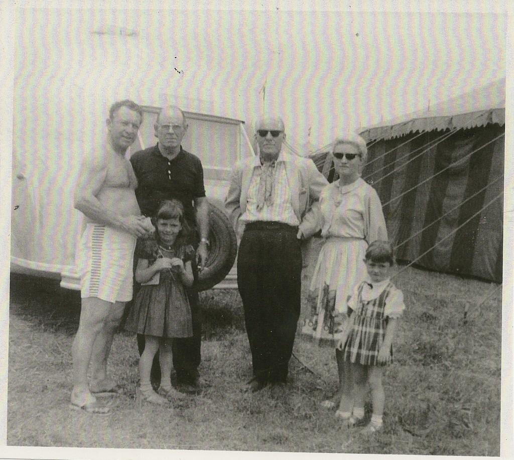 Emmet's family, Bill Pringle & Clyde Beatty