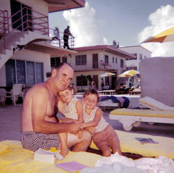 Emmett and girls in Miami 1960