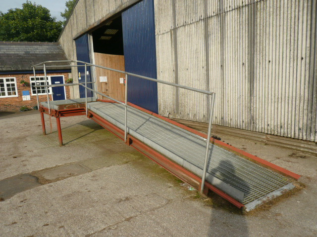 MOUNTING RAMP available