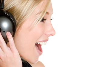 8 dicas para permanecer saudável e ficar com a voz em dia no verão