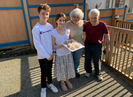 Students send encouragement during Grandparents'/Grandfriends' Week