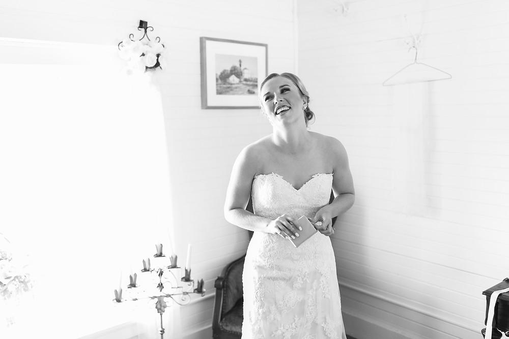 bride opens grooms gift