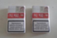 Deux paquets de cigarettes polonaises