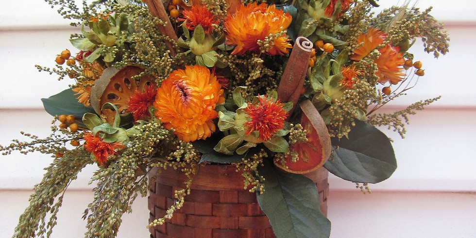 Wine & Floral Design: Dried Flower Wall Decor