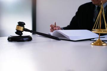 הגשת תביעה בגין הפרת הסכם שכירות