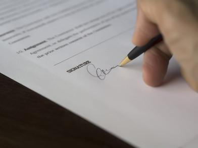 מכירת דירה - חתימה על סכם מכר