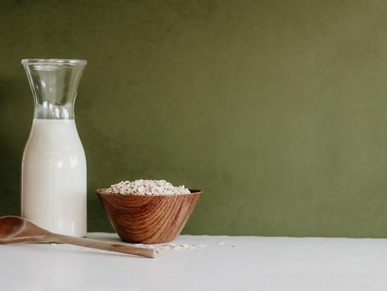 Receta fácil de leche de avena casera