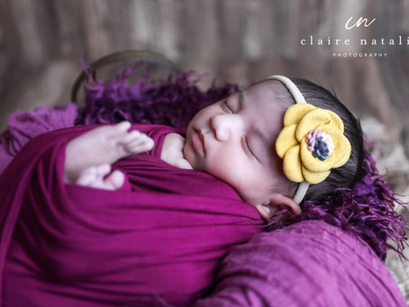 What age should my baby be for newborn photos?