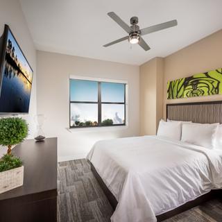 Sterling_Tower_-_Bedroom_2.jpg