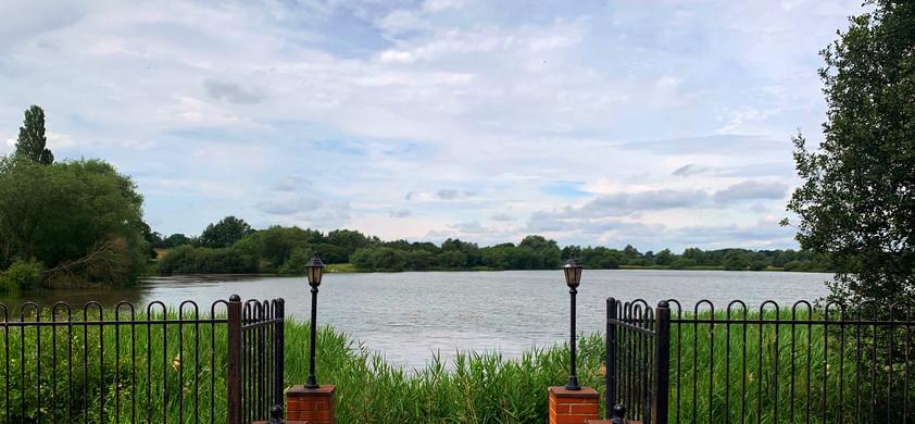 the lake view4.jpg