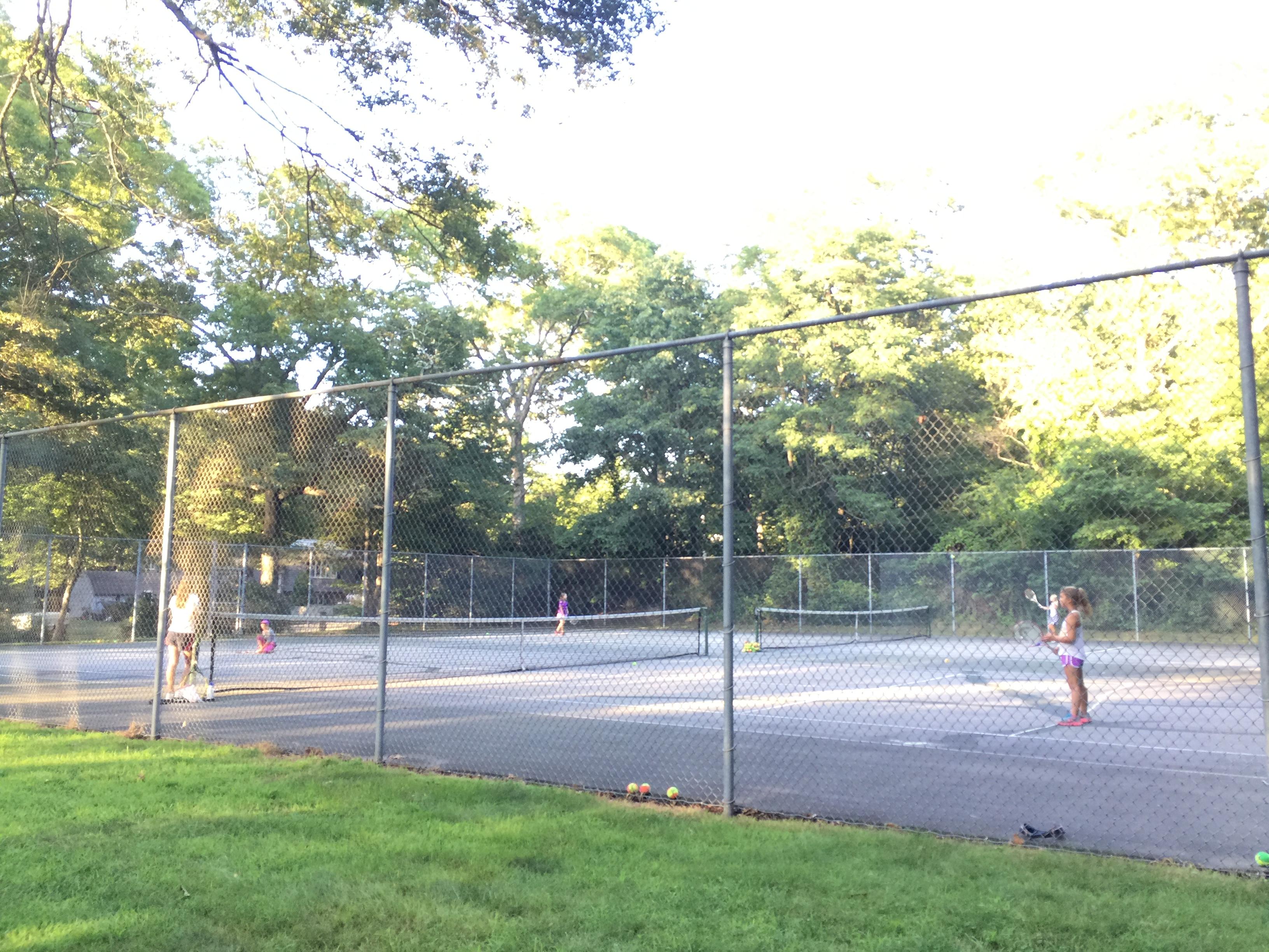 Social Orange Tennis
