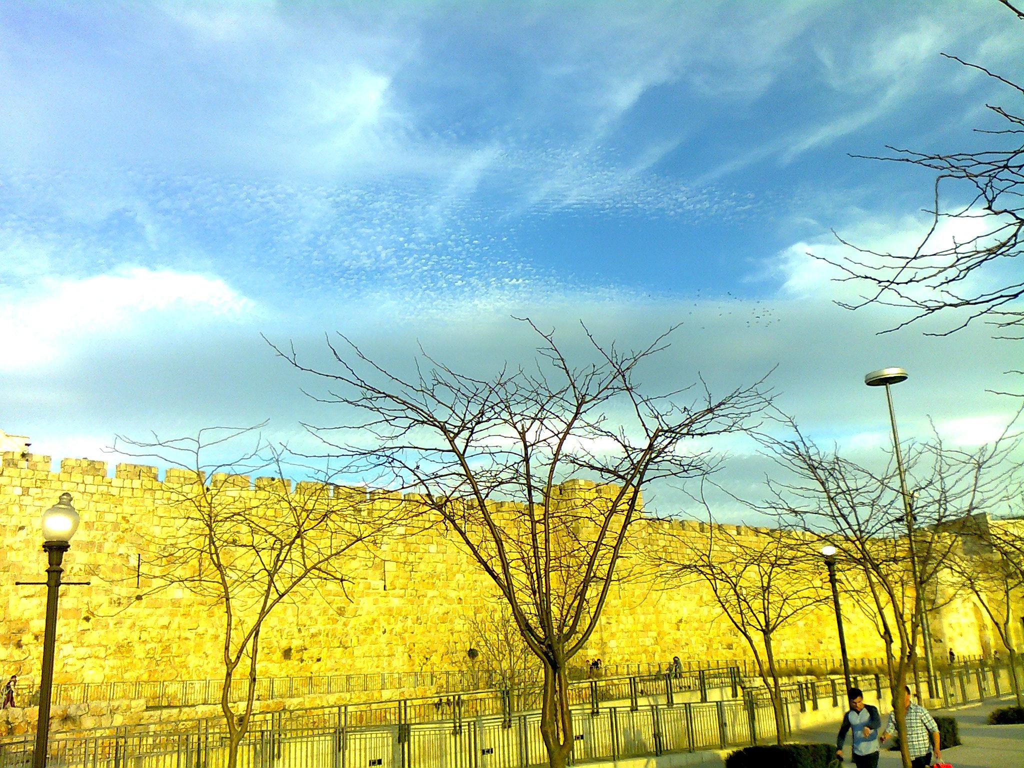 Himmelwärts über der Altstadt