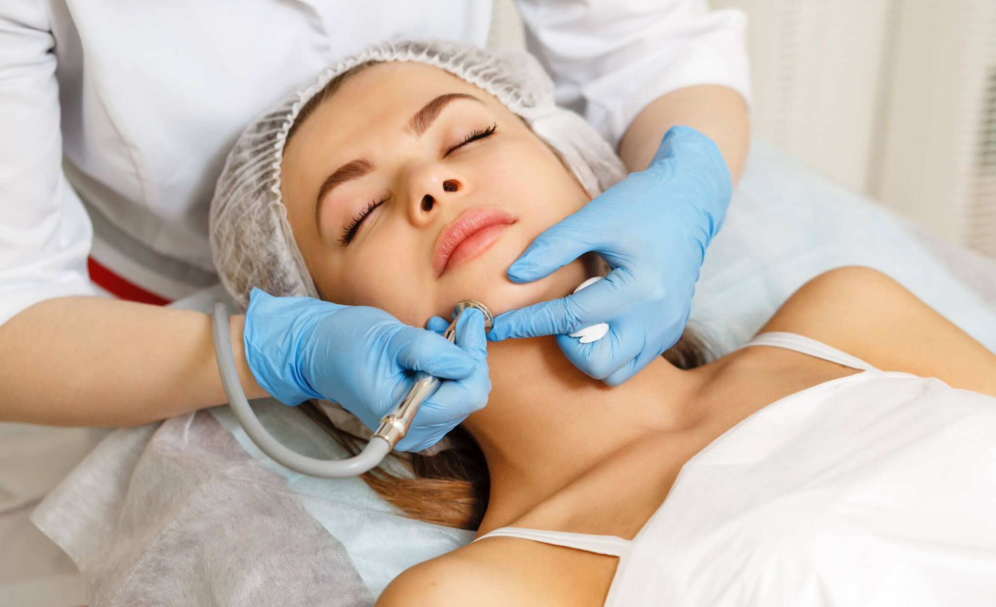 One Deluxe Microdermabrasion...