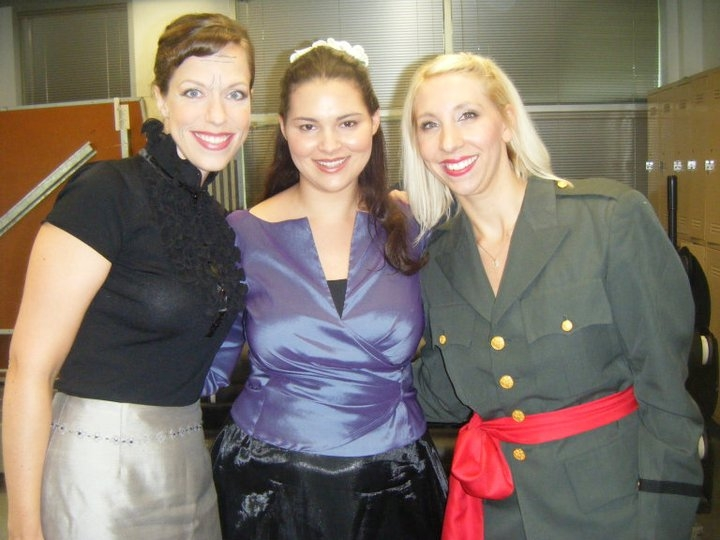 Marghanza (Carla Rountree), Isabel (Hillary LaBonte), and Estrelda (Megan Ihnen) - Victorian Lyric O