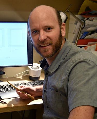 Robbie on computer 3.jpg