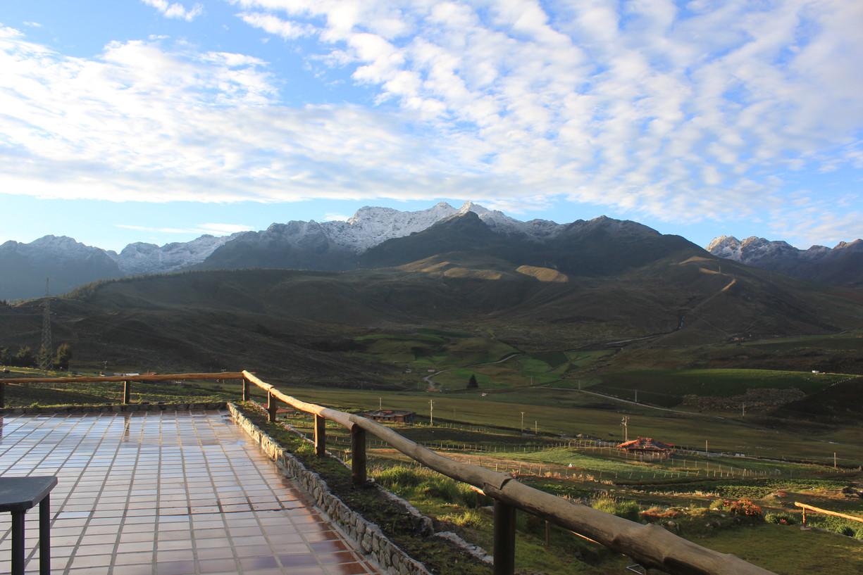 Vista desde la casa tiangboche al Macizo del Mucuñuque 4650 m.s.n.m.
