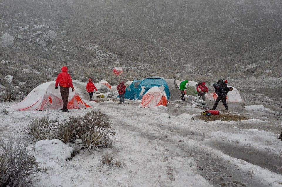 Nevada en el campamento base del Pico Gavilán 3900 m.s.n.m.