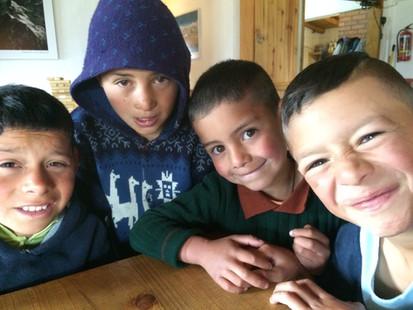 Niños del sector de Apartaderos y de la Asomada