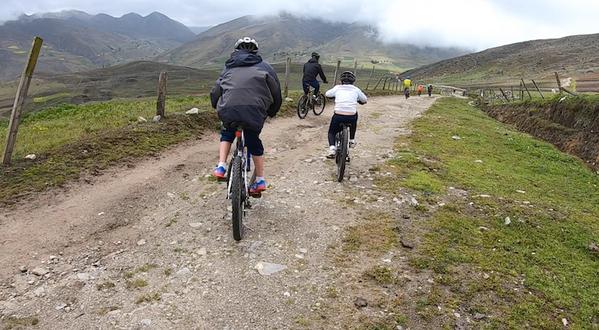 Comenzando descenso en bicicleta