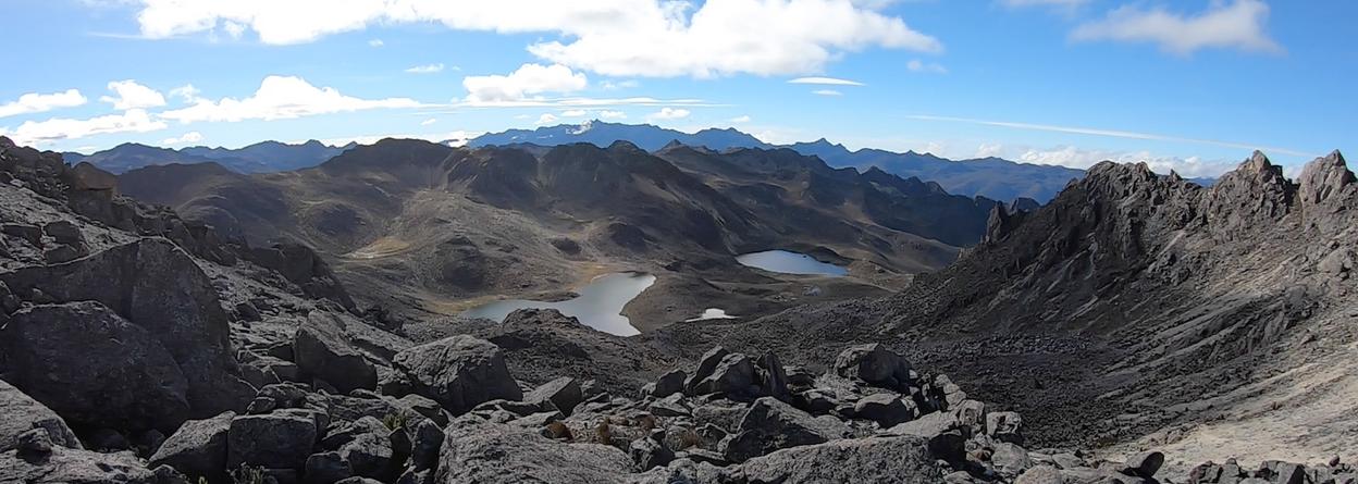 Laguna de La Carbonera 4200 m.s.n.m. y la Escopeta 4300 m.s.n.m.