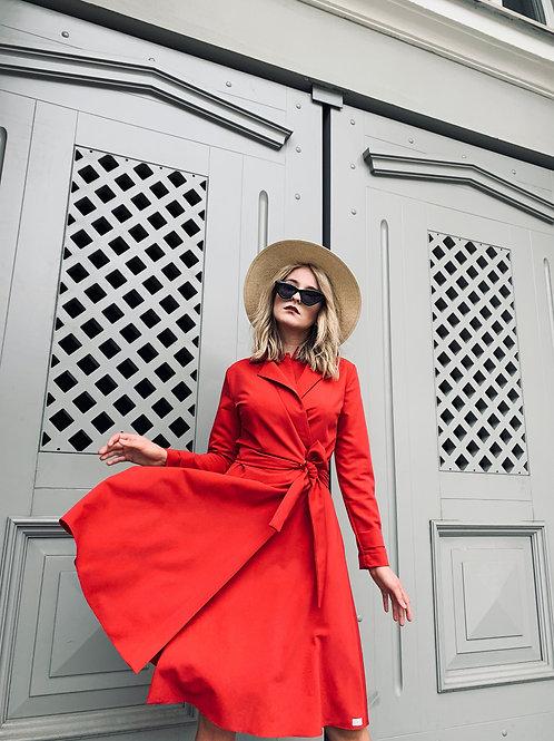midi v formos iskirpte susiauciama suknele internete internetu raudona ocdeco