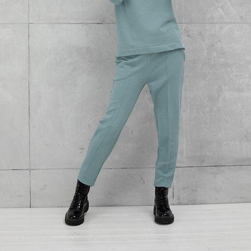 laisvalaikio kelnes internetu dovana ispardavimas naujienos lietuvos dizaineriu drabuziai