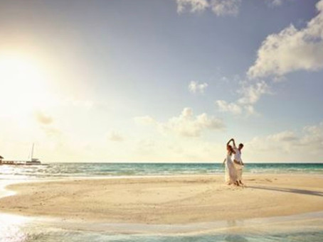 Destination vs UK wedding! Which one is cheaper? Andrei Weddings might just have the right answer.