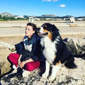 Educateur canin et berger australien