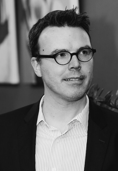 Prof.dr. Bart Lariviere