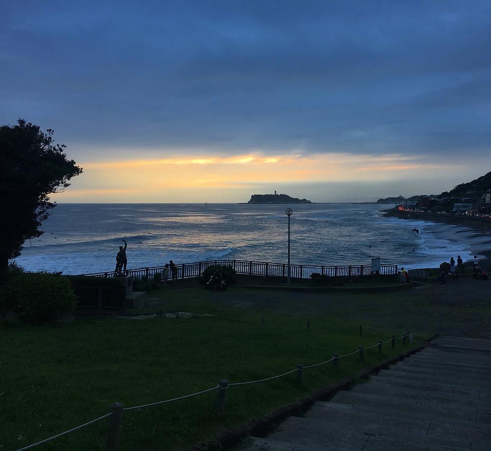 稲村ヶ崎で夕日の撮影レッスンも| 旅と写真教室