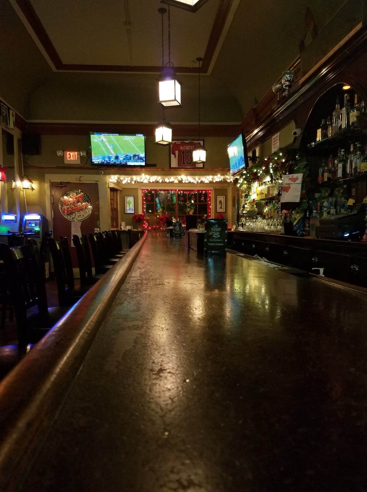 Beautiful traditional Irish pub the the heart of West Portal Ave